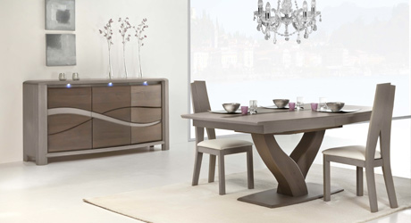 table chaise salle manger meuble bois massif. Black Bedroom Furniture Sets. Home Design Ideas